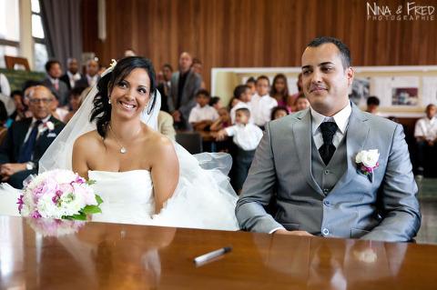 les mariés à la cérémonie Maud et Julien
