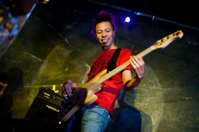 photo bassiste