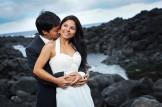 Mariés au milieu des rochers