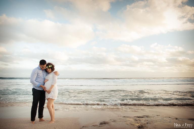 photogrpahie de grossesse sur la plage 974