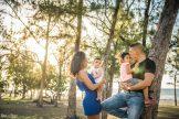 photo famille plage et filaos