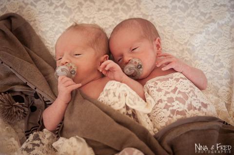 photo de naissance de jumeaux