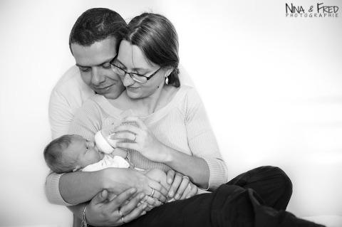 photo de naissance noir et blanc M&L