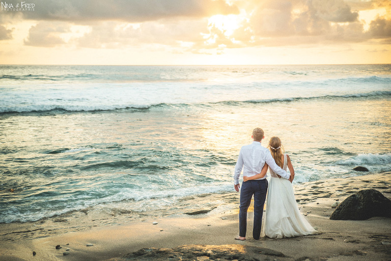 séance photo en couple à la plage C&K
