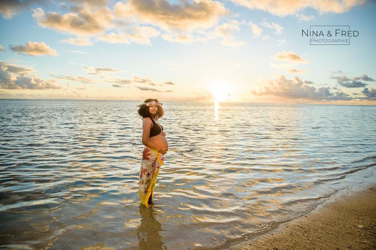 femme enceinte la Réunion S&J plage