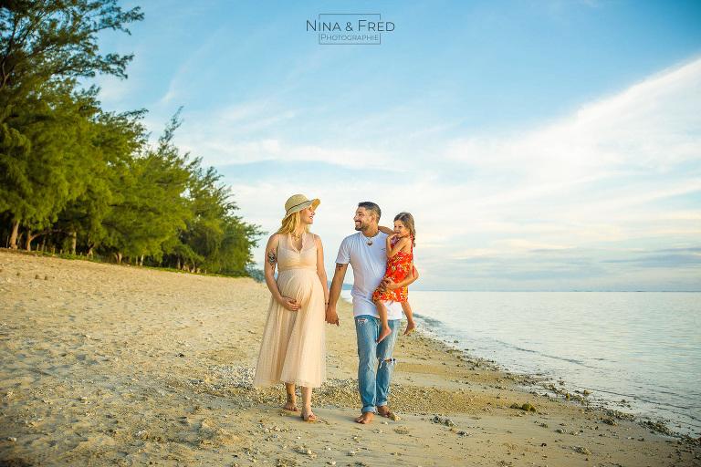 photo famille plage du Lux Réunion J&K&P19